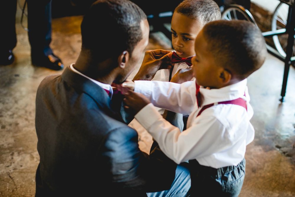 adorable-ring-bearer-photographs