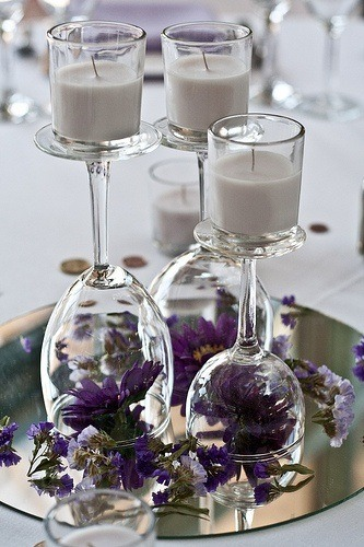 http://snapknot.com/blog/diy-wedding-centerpieces-top-10-list/