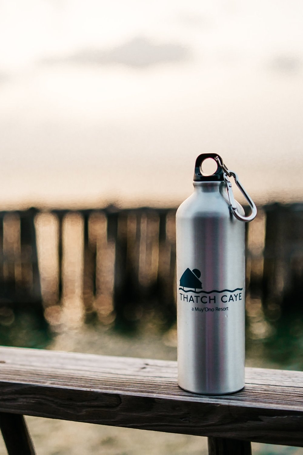 WASTE - Muy'Ono is decreasing its carbon footprint by phasing out Styrofoam and plastic and introducing bio-degradable or reusable solutions. Guests are given reusable water bottles to use during and after their stay.
