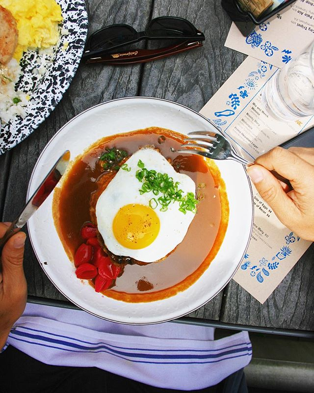 We're closed tonight, but open for BRUNCH tomorrow. Loco moco for the first breakfast of the new year. Major 🔑.