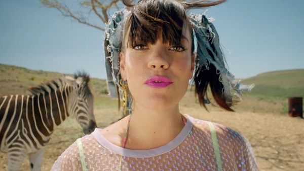 lily-allen-air-balloon-video-600x337
