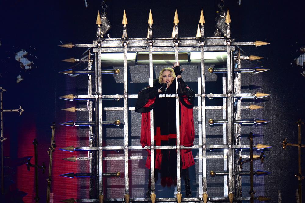 576711507LL001_Madonna_Rebe.JPG