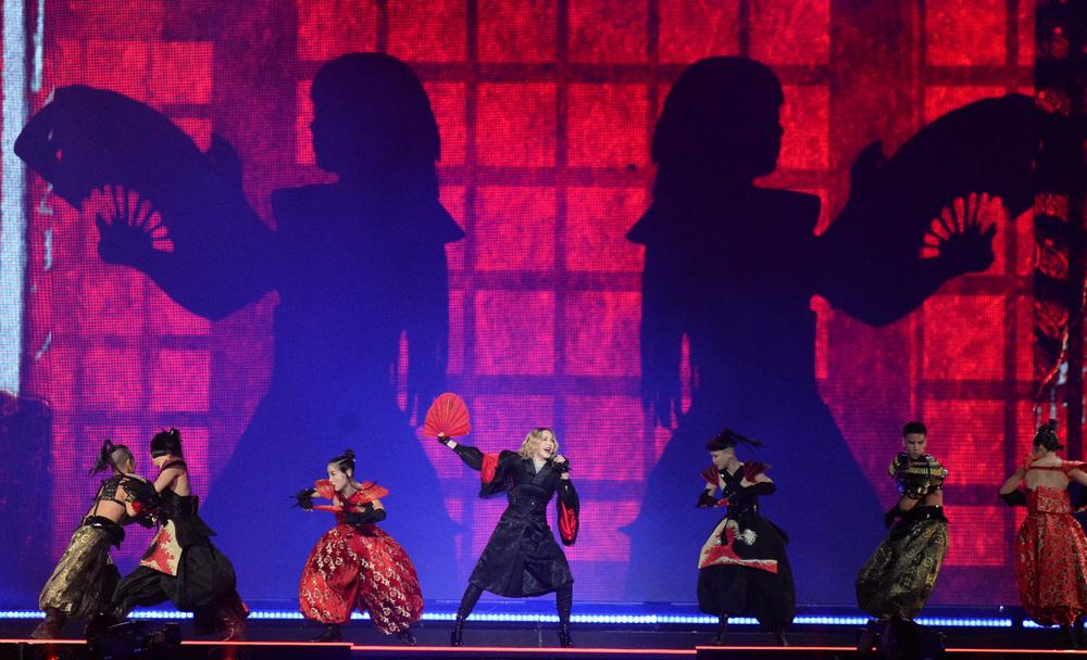 576711507LL005_Madonna_Rebe.JPG