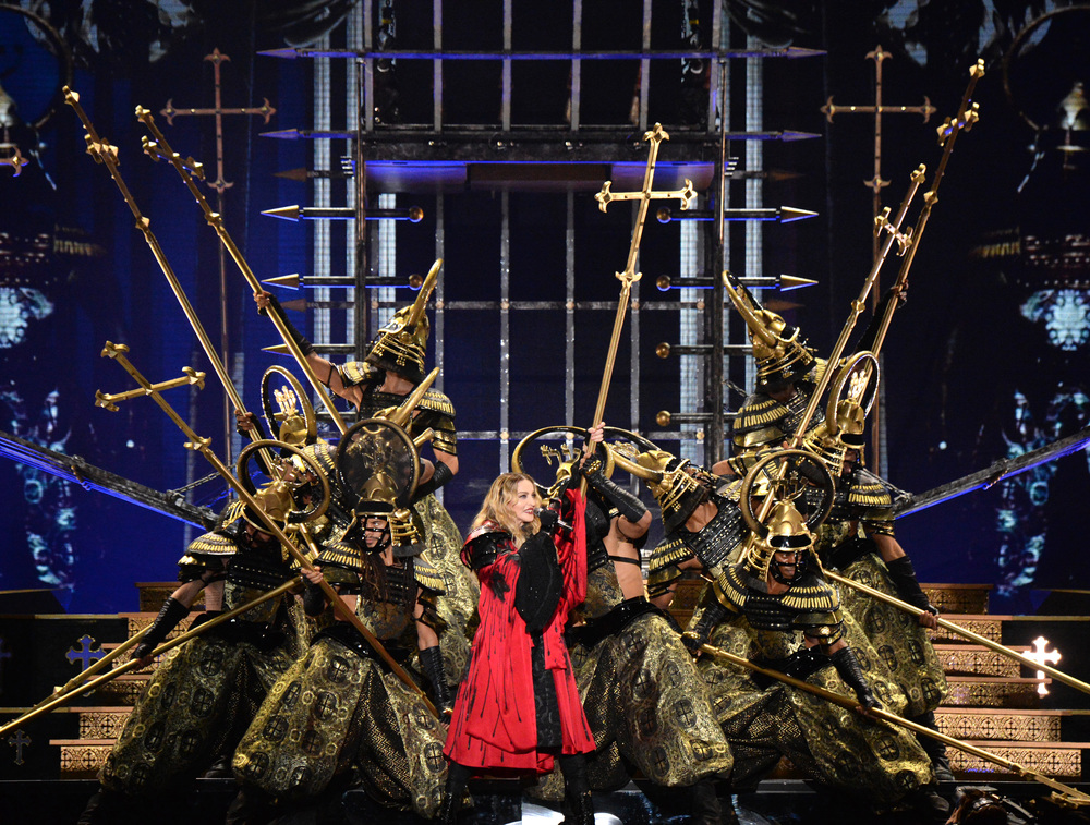 576711507LL004_Madonna_Rebe.JPG