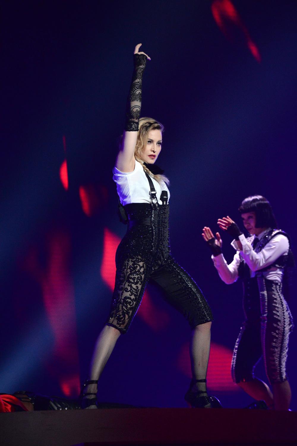 576711507LL068_Madonna_Rebe.JPG