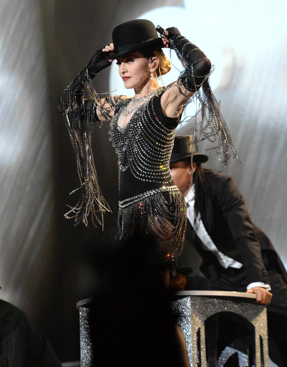 576711507LL072_Madonna_Rebe.JPG