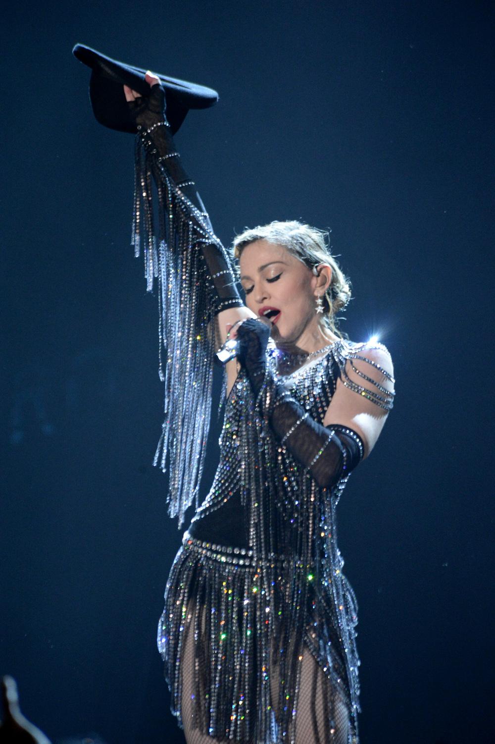 576711507LL073_Madonna_Rebe.JPG
