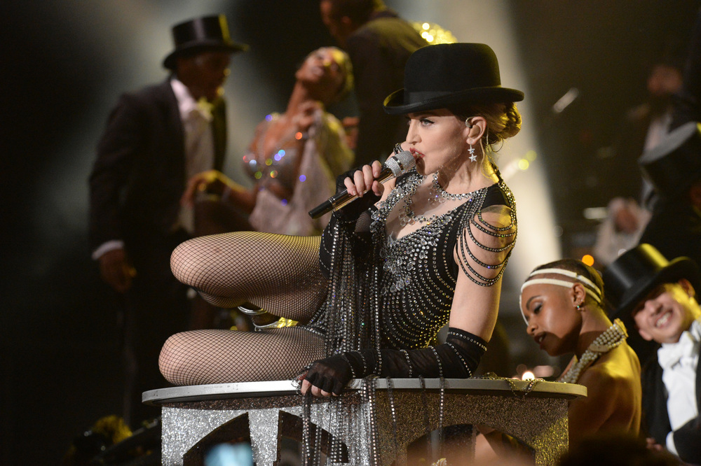 576711507LL093_Madonna_Rebe.JPG