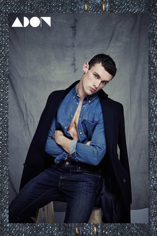 coat ASOS, Shirt: Acne, jeans: Tommy Hilfiger