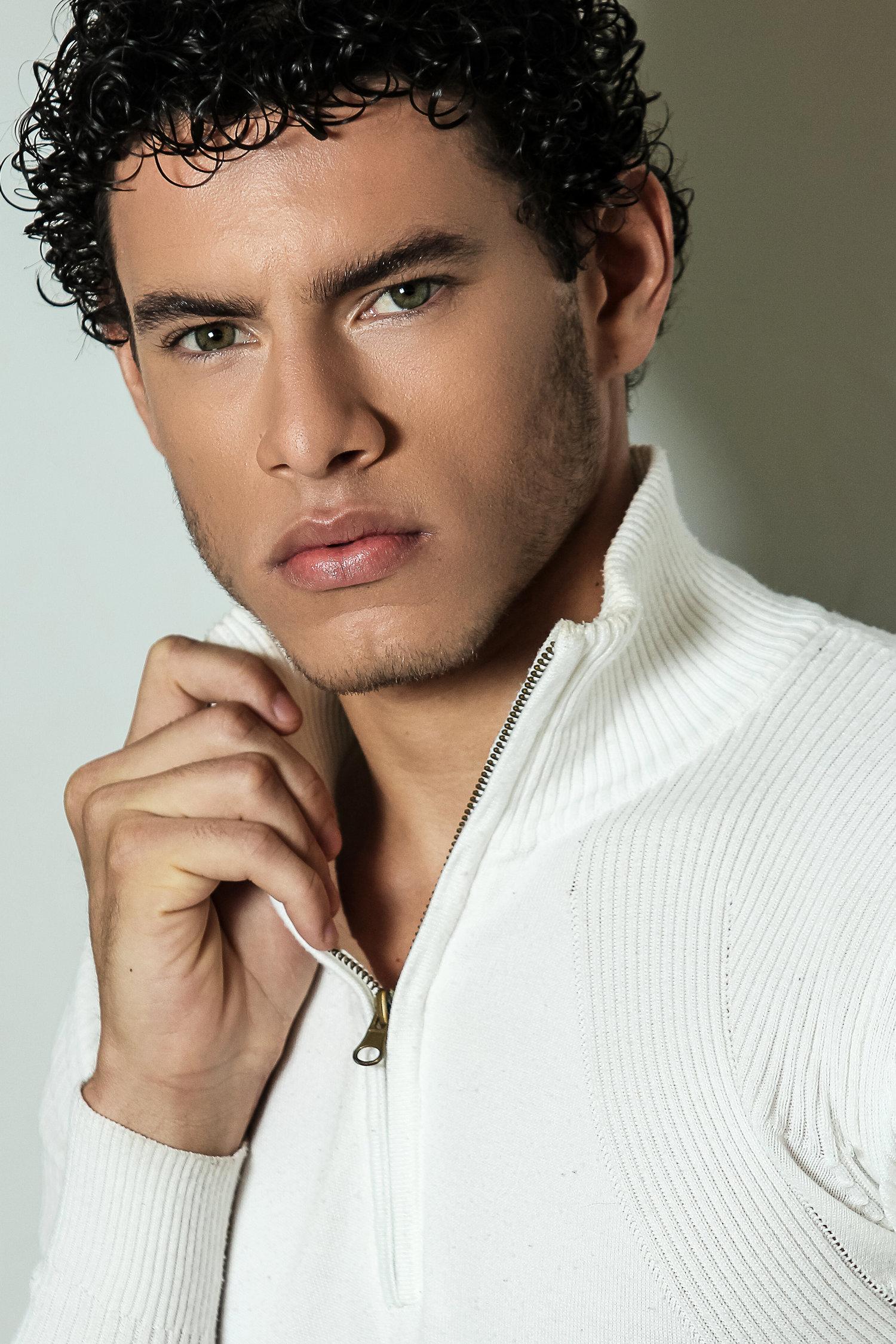 Adon Exclusive: Model Nathan Oliveira By Marcio Farias