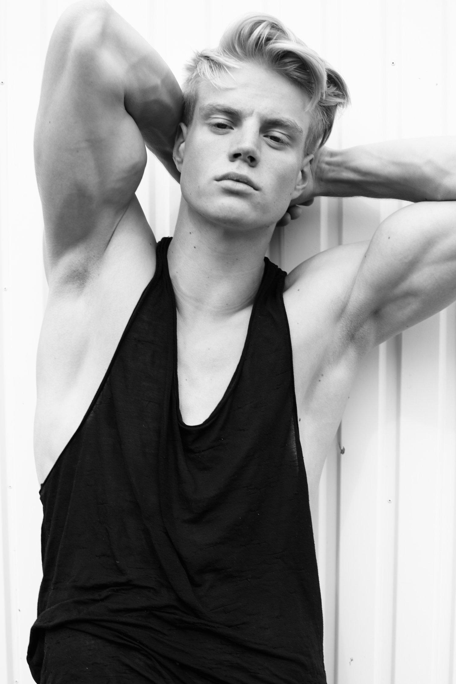 Adon Exclusive: Model Lennart Mugler By Jonas Huckstorf