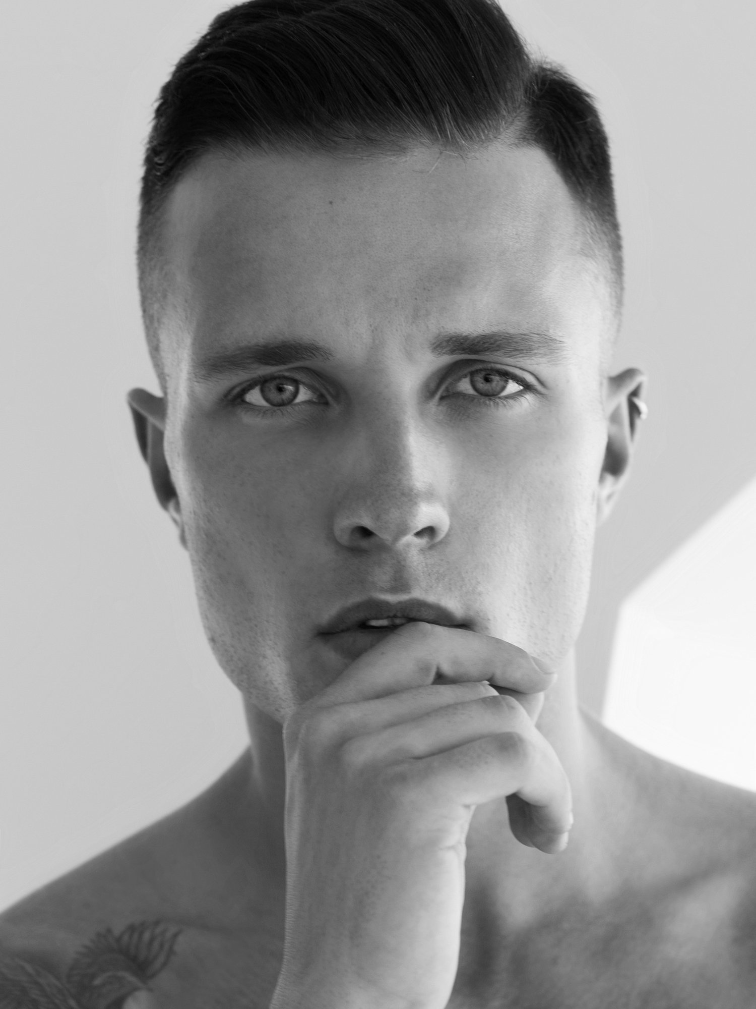 Adon Exclusive: Model Antoni Bialy  By Lira Toin