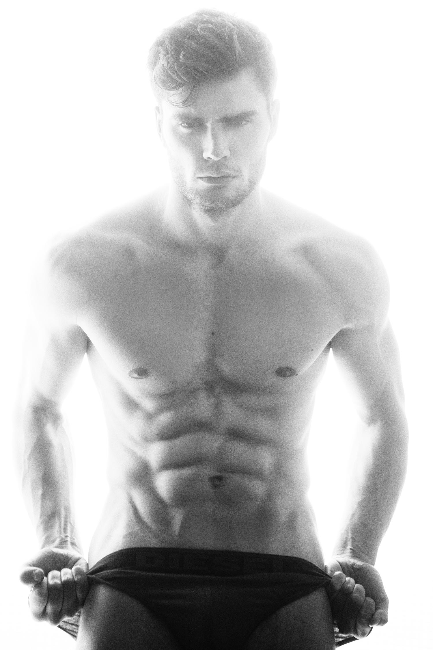 Adon Exclusive: Model Francesco Soave By Luis De La Luz