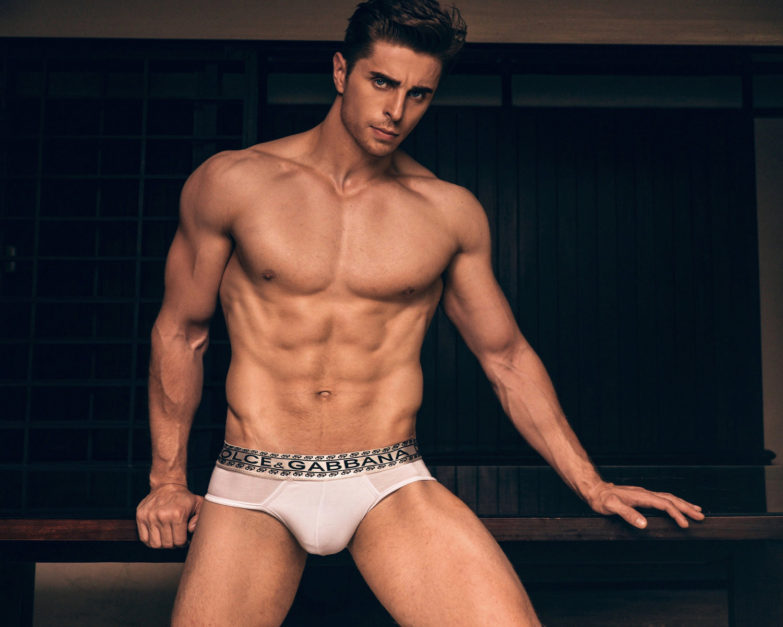 Adon Exclusive: Model Alexandr Topalev By Mark Neto Dias