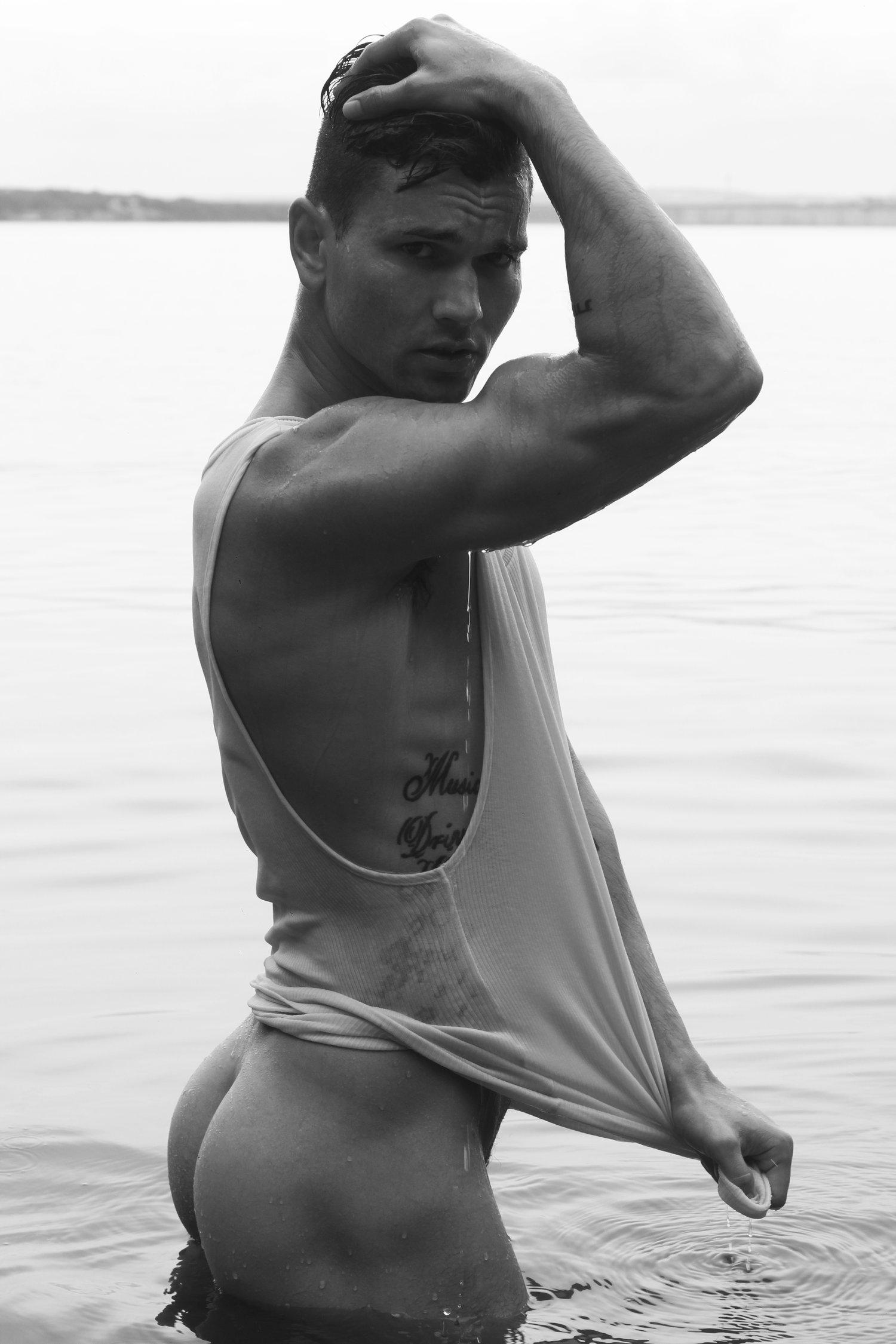 Adon Exclusive: Model Jonathan Ackley By Ricardo Ayala