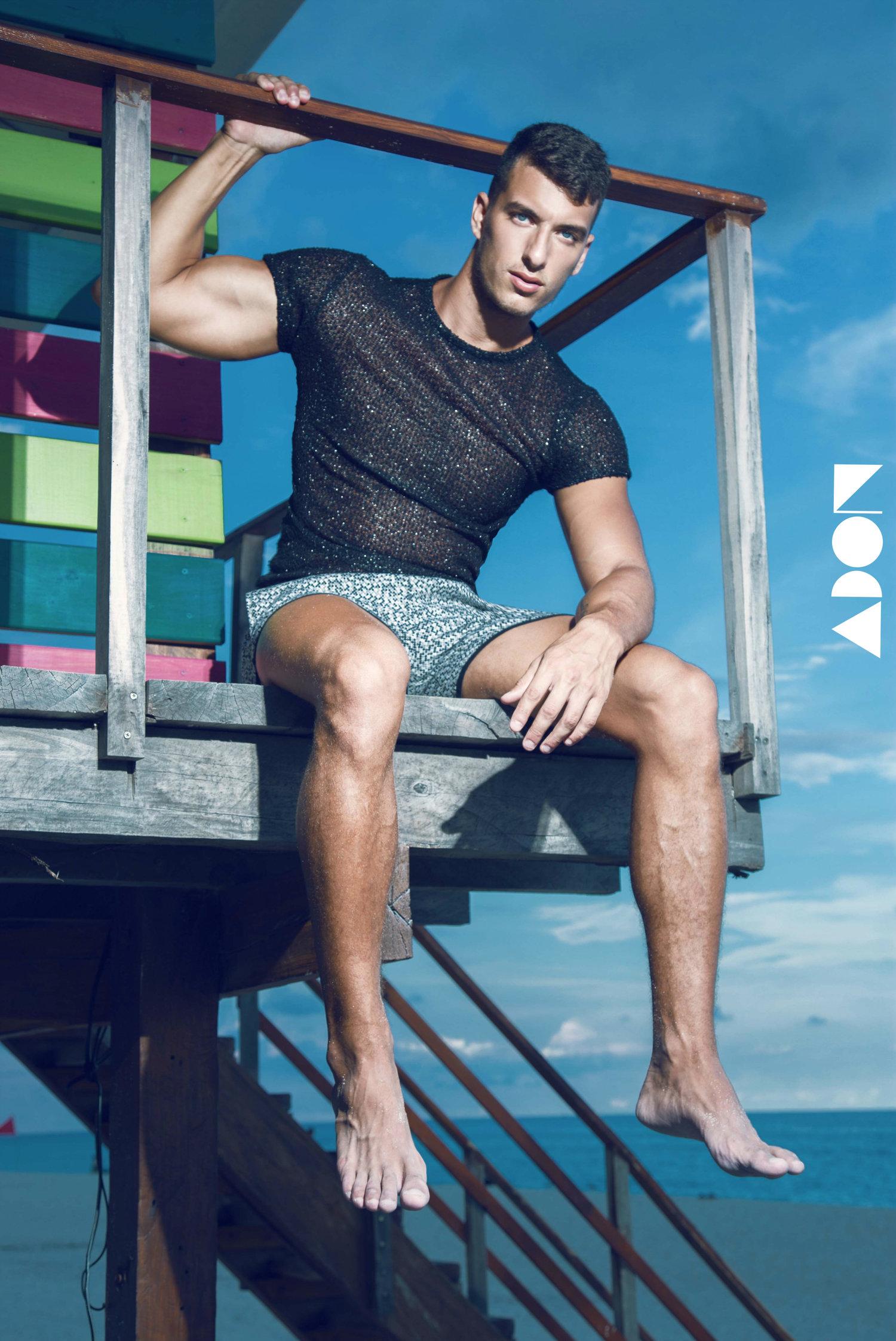 Adon Exclusive: Model Maxi Jurables By Luis Buenfil-Viera