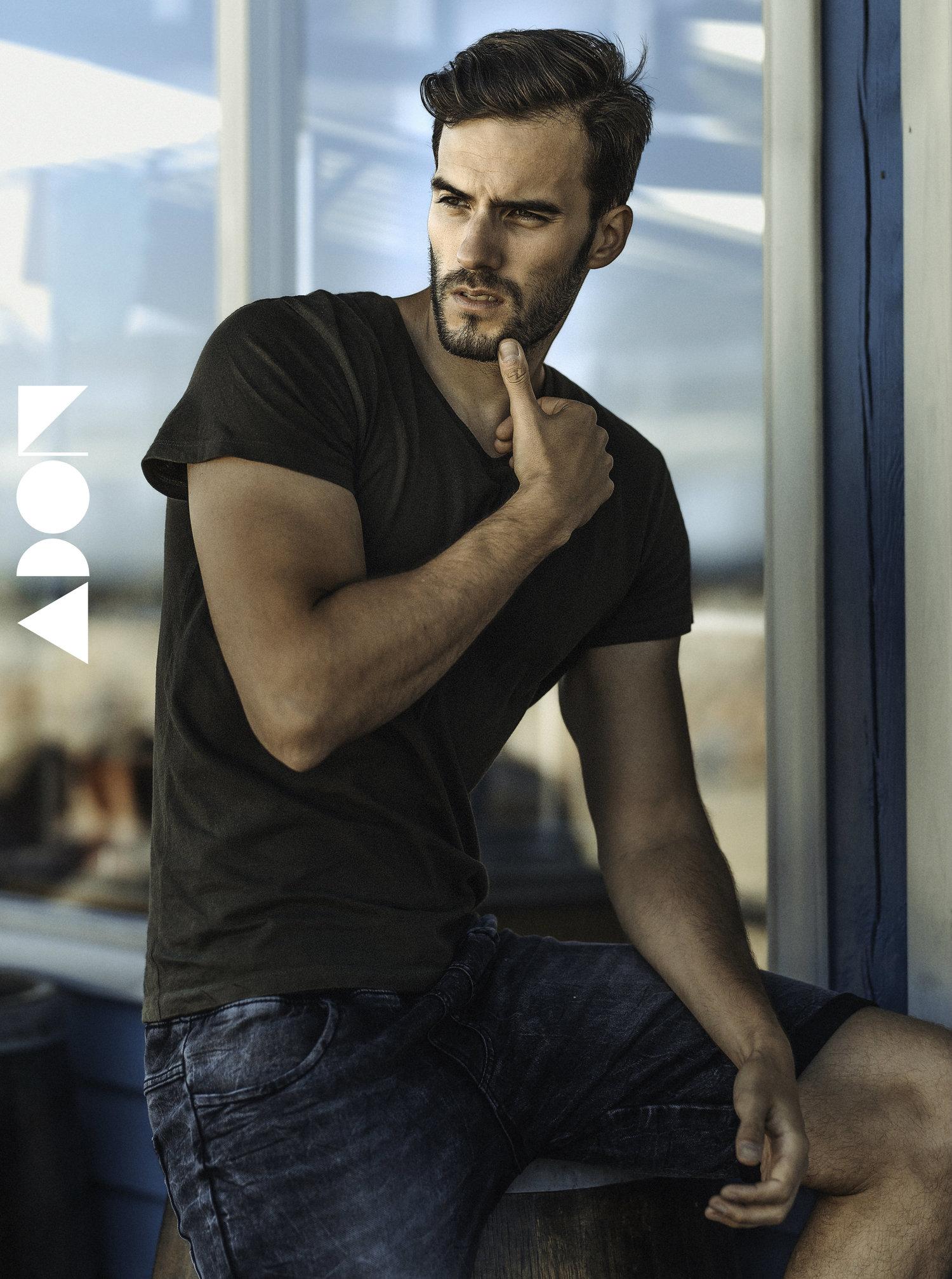 Adon Exclusive: Model Filip Siuchtainsta By Bartosz Szwaja