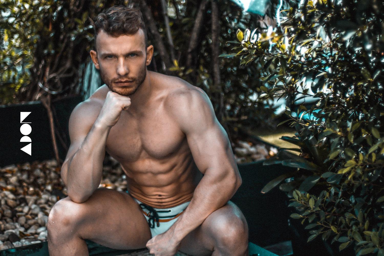 Adon Exclusive: Model Ehrard Vermaak By Wilsurn