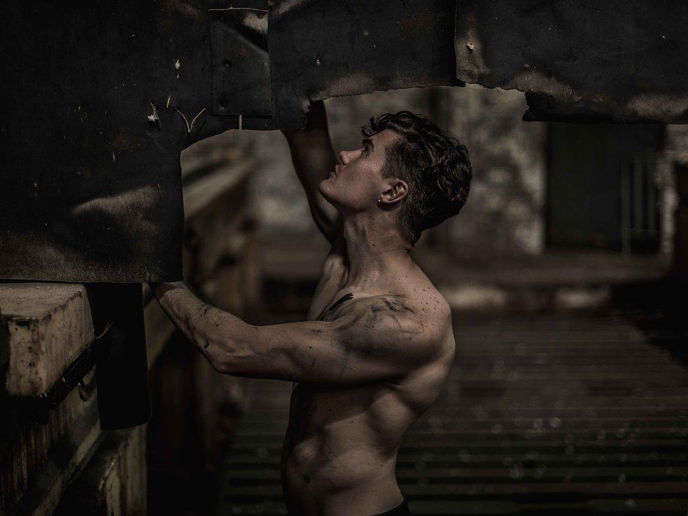 Leigh Pitchford by John Carlos Ramos -1.jpg