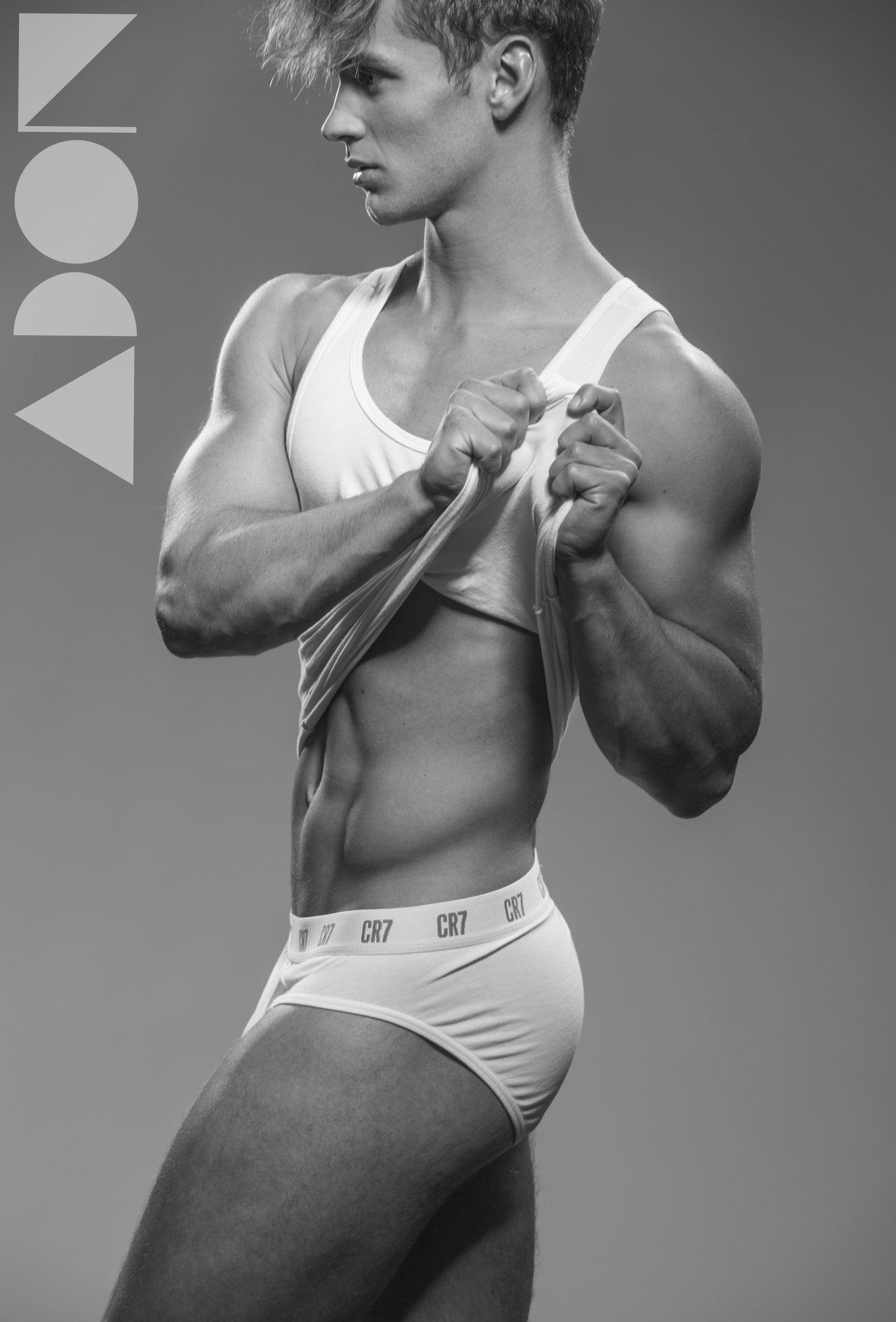 Adon Exclusive: Model Simon By Paul Van Der Linde