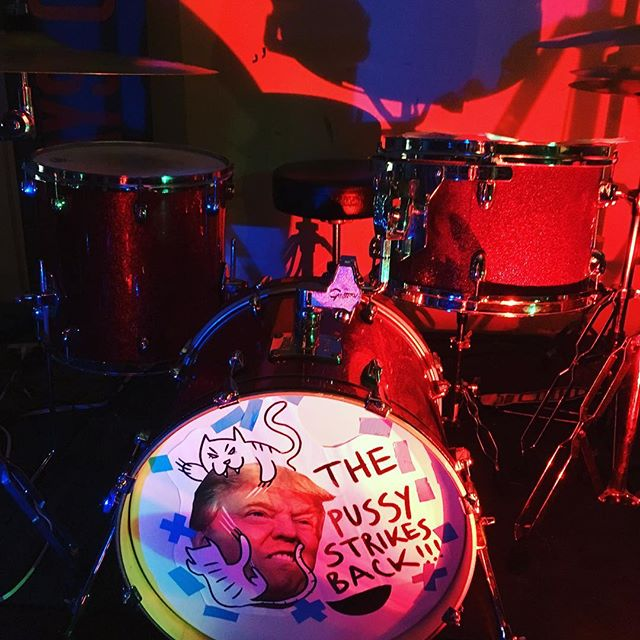 Drum theme inspired by @pennwearewatching and @izabel_design ✌️️💖🙀😜 #gretschdrums #redsparkle #dumptrump #pussystrikesback