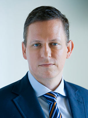 Peter Thiel, Investor in Facebook
