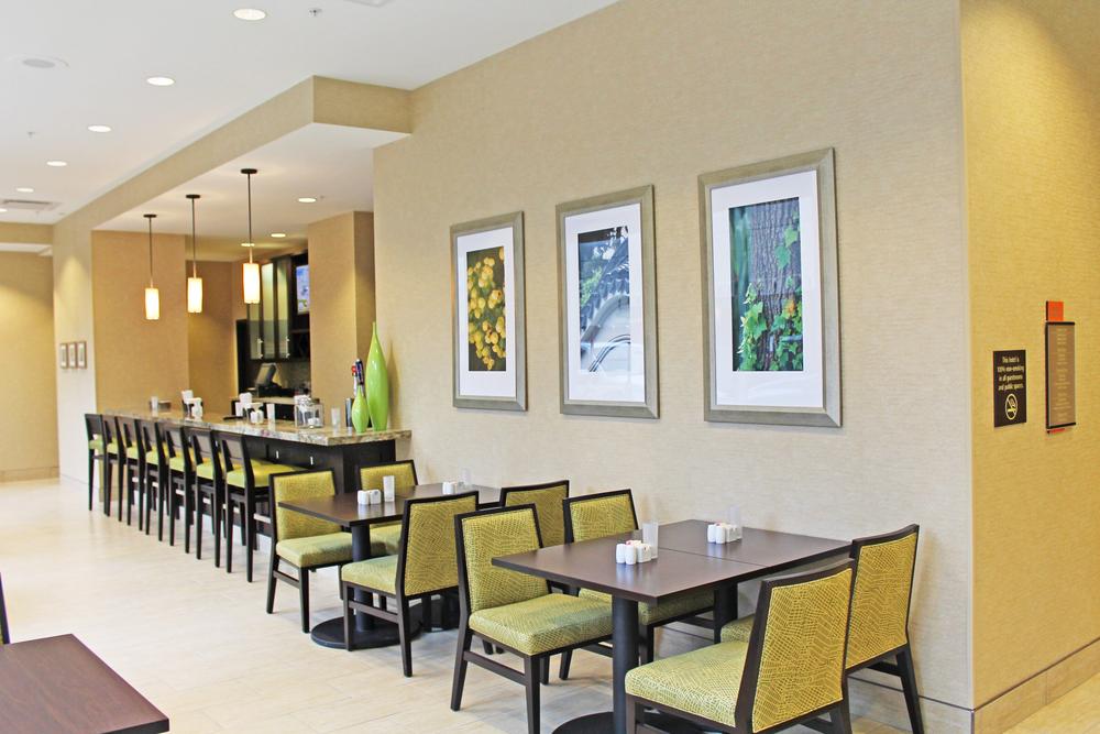 HotelLobby02.jpg