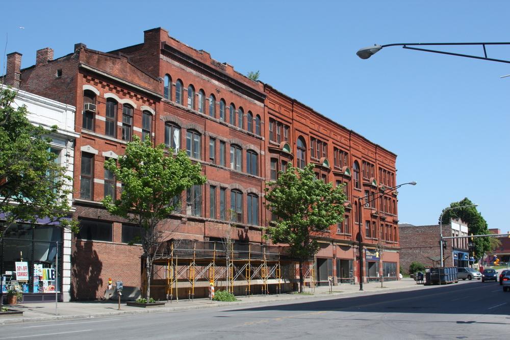 918 Main Street Exterior