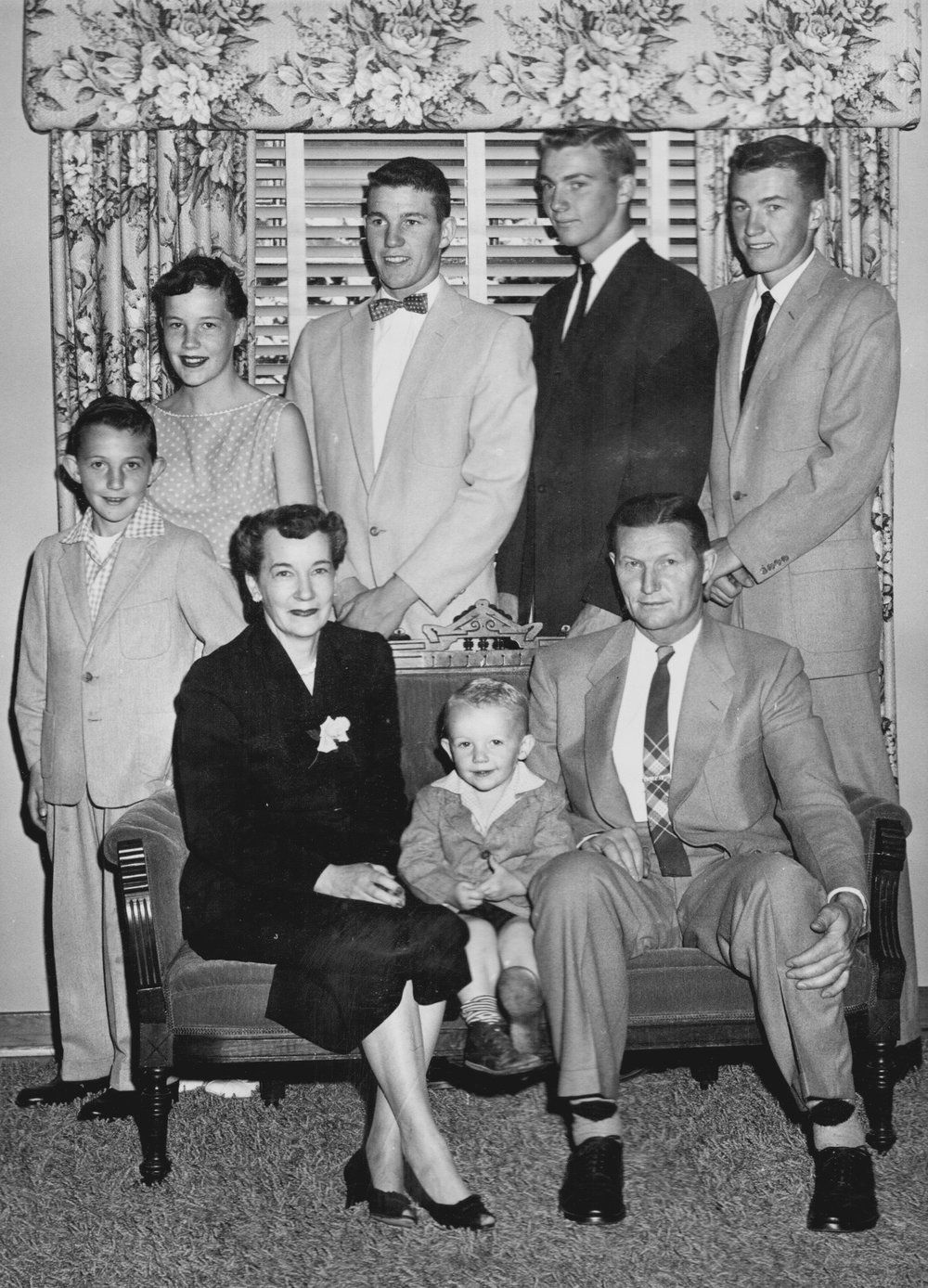 Click to enlarge. Top: Drew, Suzanne, Glade, Briggs and Brent, Front: Addie (Grandma Hall), Mark and Leness (Grandpa Hall) photo taken ca. 1948