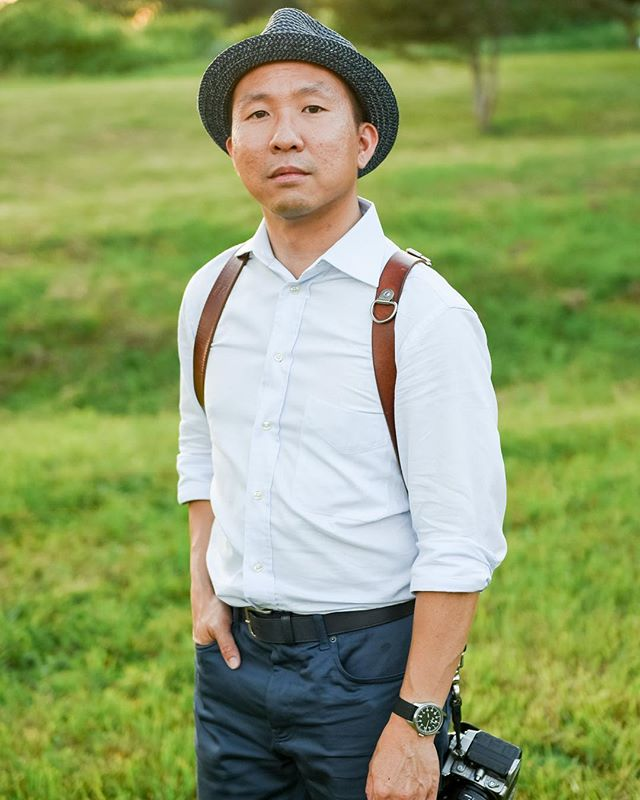 I haven't taken a new headshot in years, but thankful that my friend @markdchou shot a great one during @hicharity's scenic wedding at @irvingfarm. Trying this hat thing too, lol.