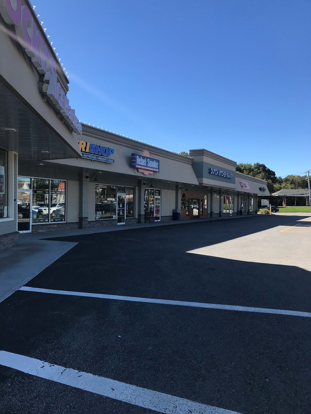 Southfitch Shopping Center Geronimo Commercial Properties