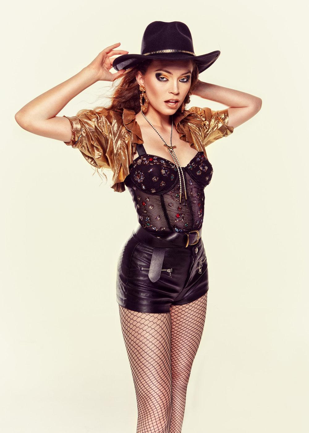 FashionEditorial_LeighLithgow.jpg