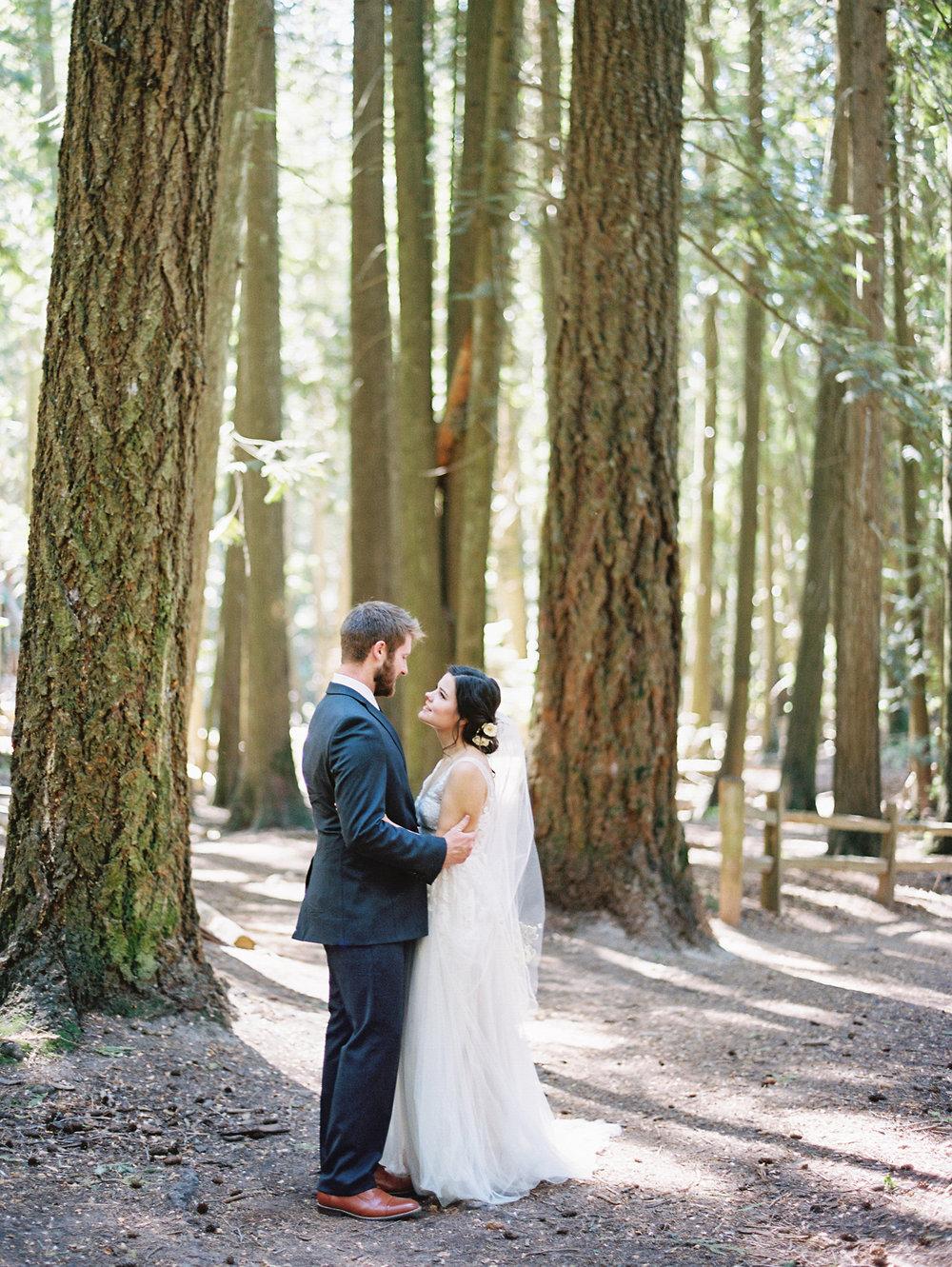 Idaho-Field-Forest-Wedding-Film-Photographer-Kristina-Adams-141.jpg