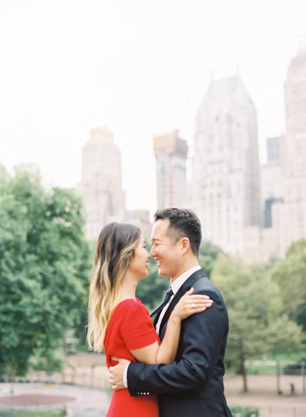 New-York-Film-Engagement-Session-Brooklyn-Bridge-Central-Park-26.jpg
