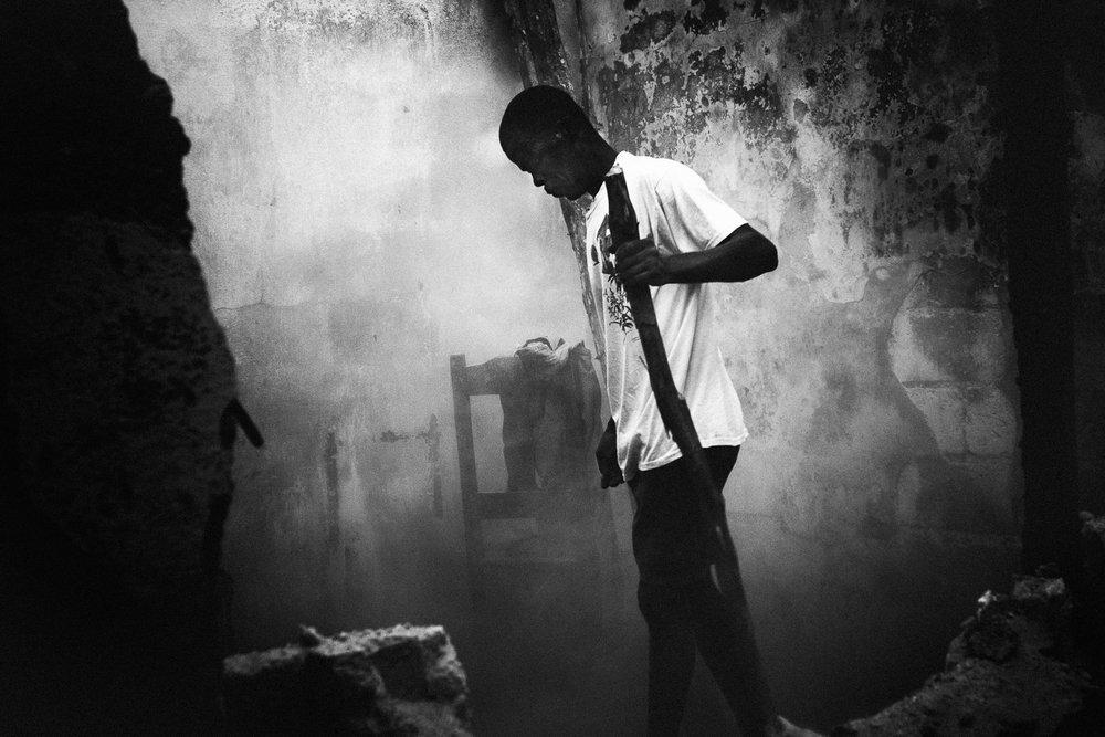 Haiti-Port-au-Prince-earthquake-Kasper-Nybo-2-04.jpg