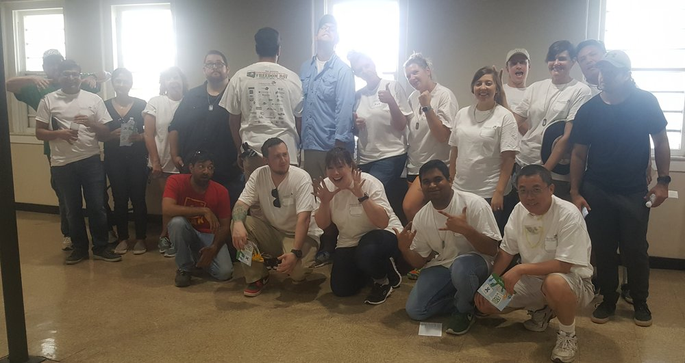 Group Pic[1].jpg