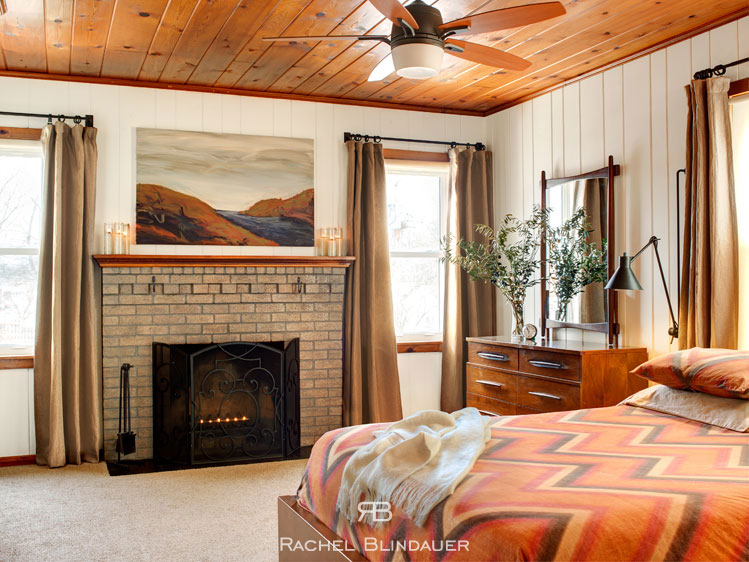 RachelBlindauer-bedroom.jpg