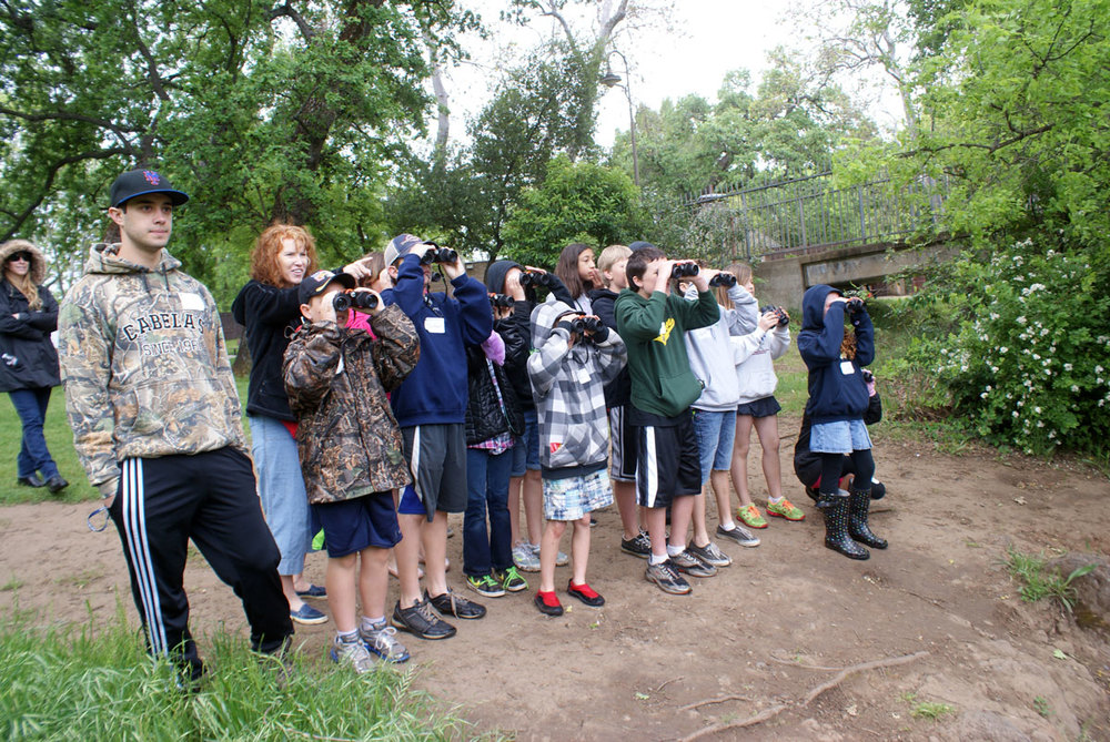 header-group-birding-facing.jpg