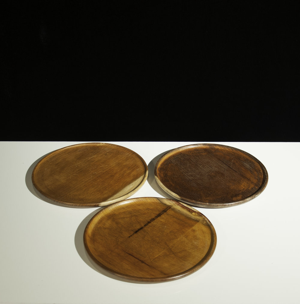 Set of Three Rustic Wooden Plates & Set of Three Rustic Wooden Plates u2014 GAMIN