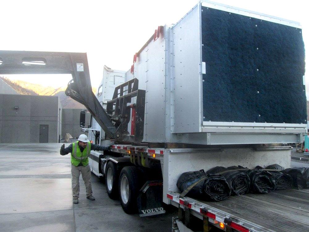 Unloading-Truck-2.jpg
