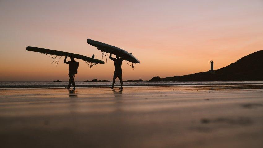 higginbotham-twins-sunset_h.jpg
