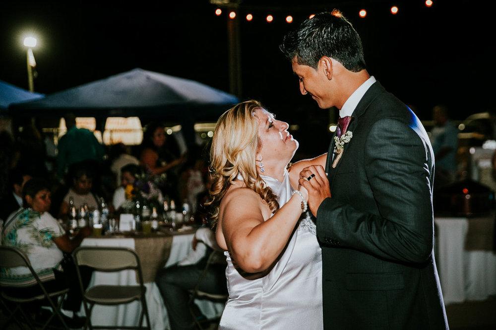 2016-09-24_lynzi&jesùs_married-242.jpg