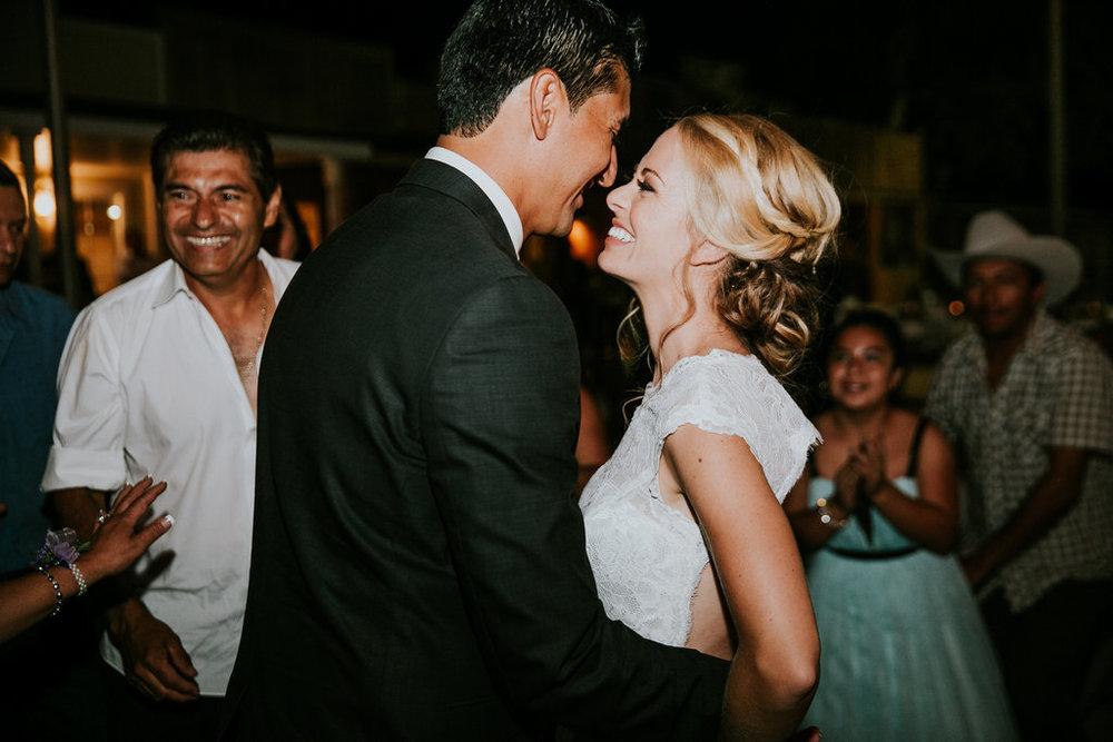 2016-09-24_lynzi&jesùs_married-358.jpg
