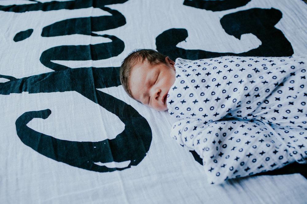 20160627-newborn-247.jpg