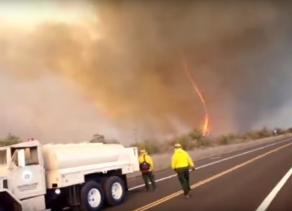 A fire tornado captured during the 2010 Mauna Kea 33 fire on the Big Island. Source: YouTube.