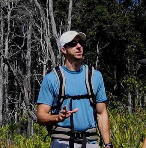 Creighton teaching in the field. Photo: Creighton litton.