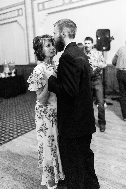 Nielson WeddingBW-6757.jpg