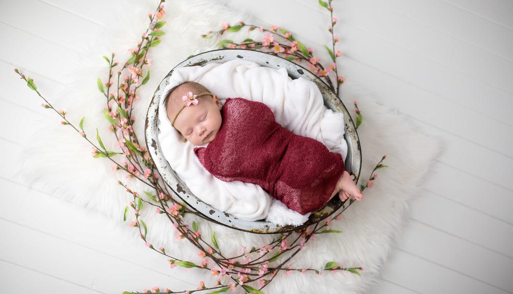 Logan Utah Newborn Photographer-0023.jpg