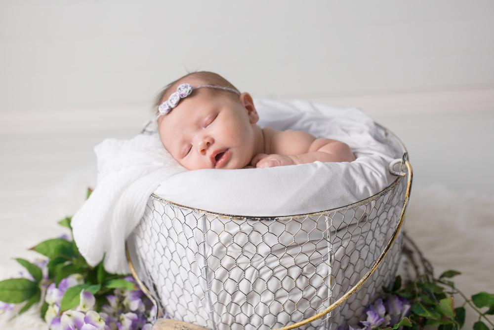 Logan Utah Newborn Photographer-9832.jpg
