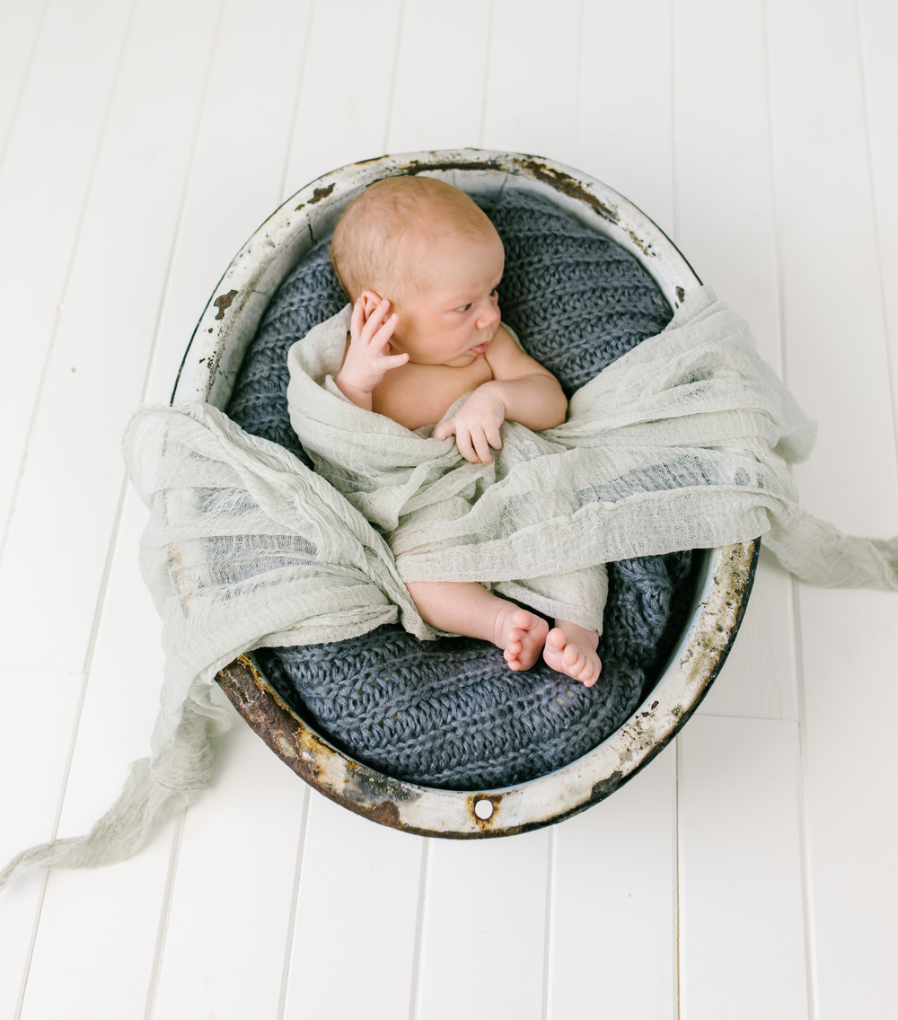 Loga Utah Newborn Photographer-8157.jpg